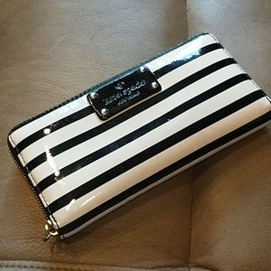 **SALE** Kate Spade ♠️ Gorgeous Striped Leather Wallet